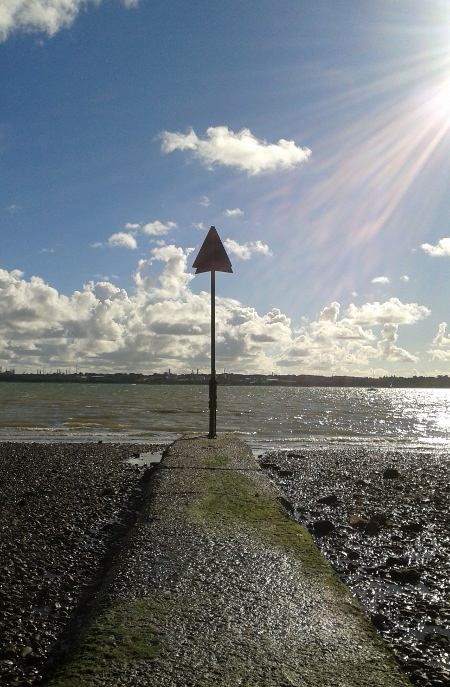 Cowes, this way